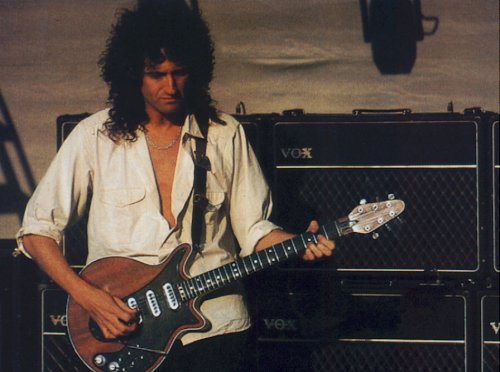 Brian May z oryginalntym The Red Special